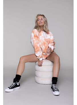 TIE DYE DROPPED SHOULDER SWEATER WOMEN PEACH