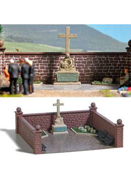 BUSCH 1094 / Kriegerdenkmal H0