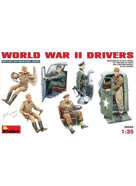 MINIART 35042 /  WORLD WAR II DRIVERS