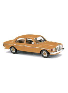 BUSCH 46871 / Mercedes W 123 Lim