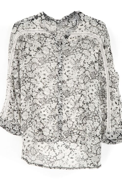 FLOWER/LACE BLOUSE