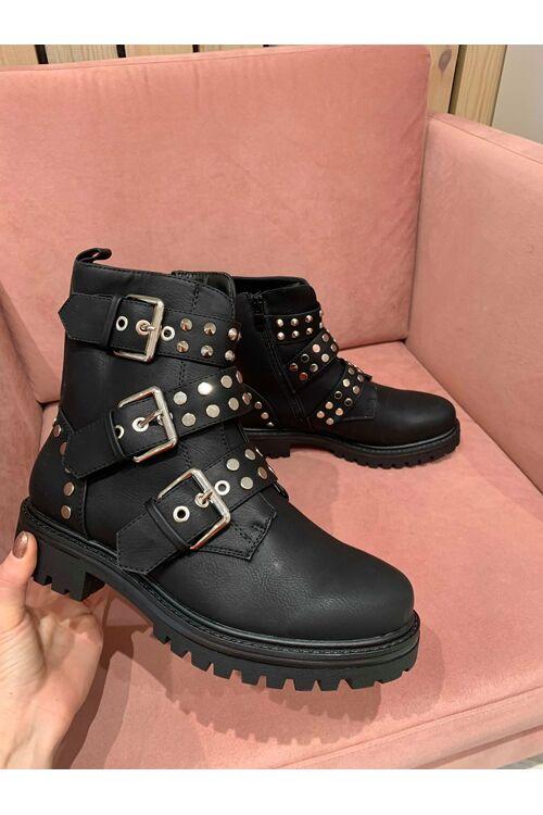 Boots Clara black