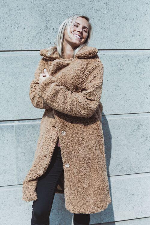 Fluffy coat Astrid