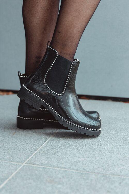 Boots croco studs